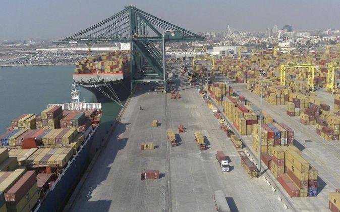 Terminal de contenedores de MSC en el Puerto de Valencia.