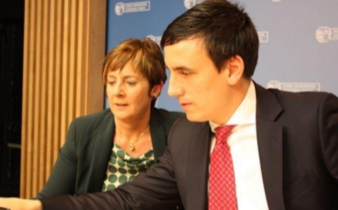 Arantza Tapia y Alexander Arriola, director general de Spri.