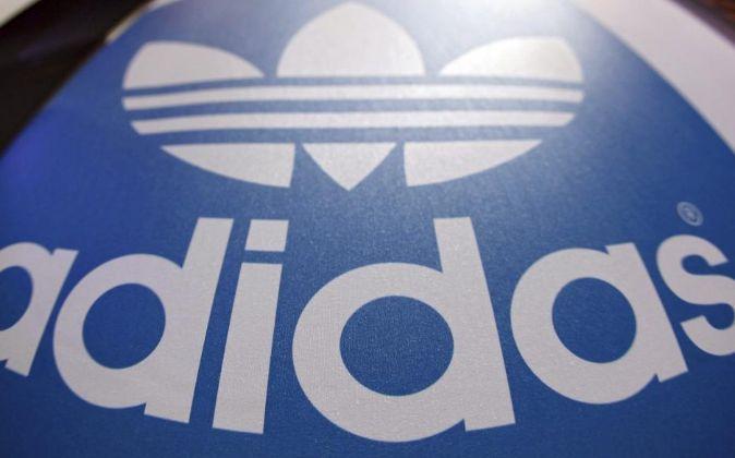 Logo marca Adidas