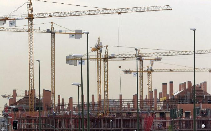 Promoción de viviendas en construcción en Madrid.
