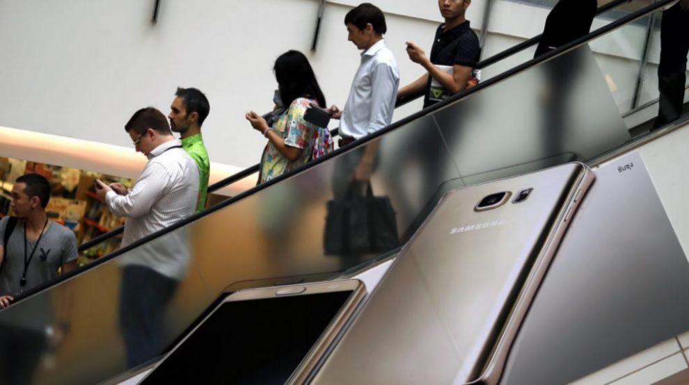 publicidad de un smartphone de Samsung