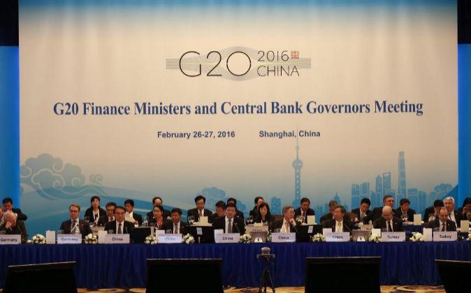 Vista general de una sesión de la reunión de ministros de Finanzas y...