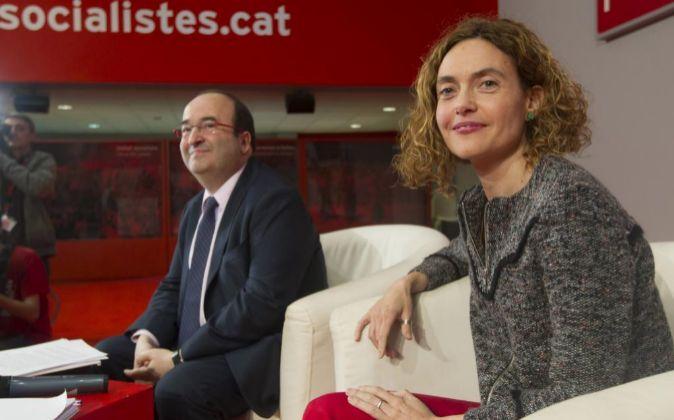 El primer secretario del PSC, Miquel Iceta y la secretaria de estudios...