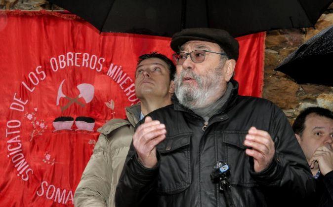El secretario general de UGT, Cándido Méndez, durante su asistencia...