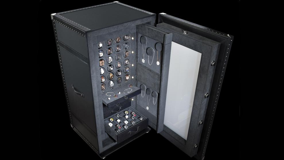 La caja de seguridad tiene un cristal antibalas, que se puede hacer...
