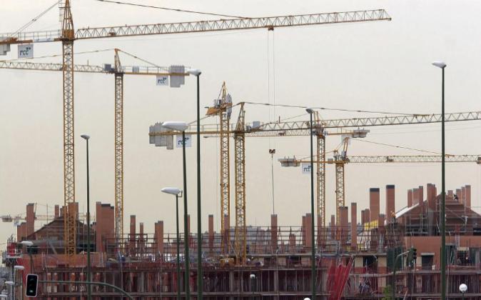 Viviendas en construcción en Madrid en mayo de 2005.