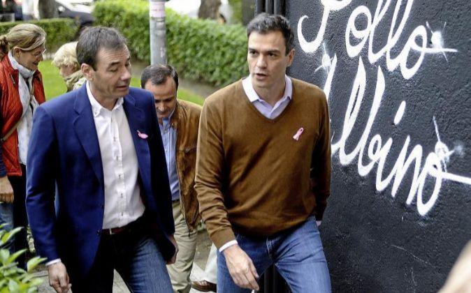 Tomás Gómez y Pedro Sánchez.