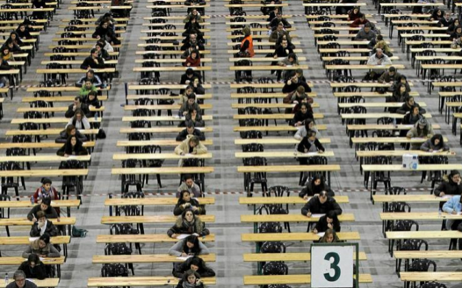 Siete mil personas participaron en los exámenes para de acceso a la...