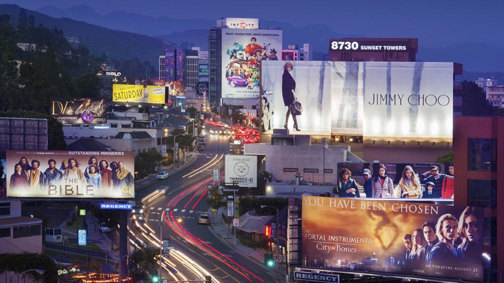 Vista nocturna de Sunset Strip, Los Ángeles.