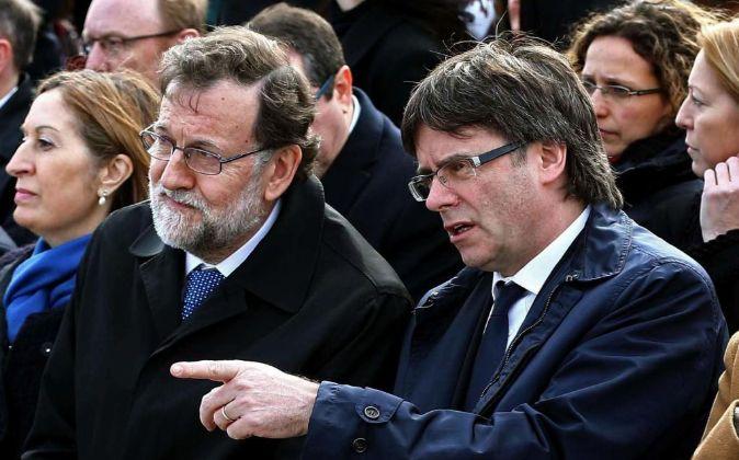 El jefe del Ejecutivo, Mariano Rajoy, y el presidente de la...