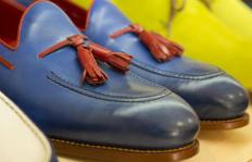 Zapatos personalizados  lujo  made in Spain  a sus pies c0937983c8c2