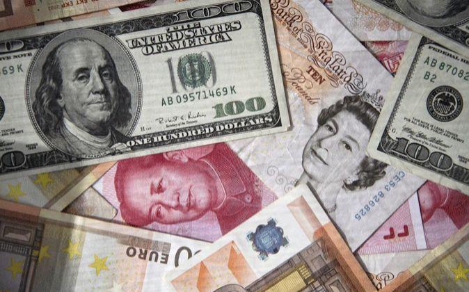 Imagen de billetes de las principales divisas mundiales