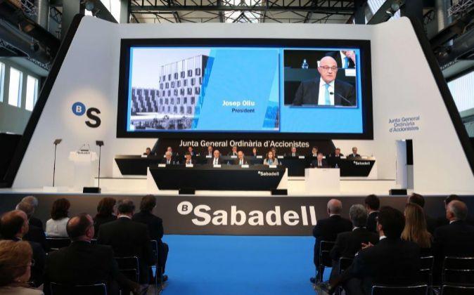 Imagen de la Junta de Accionistas de Banco Sabadell celebrada ayer.