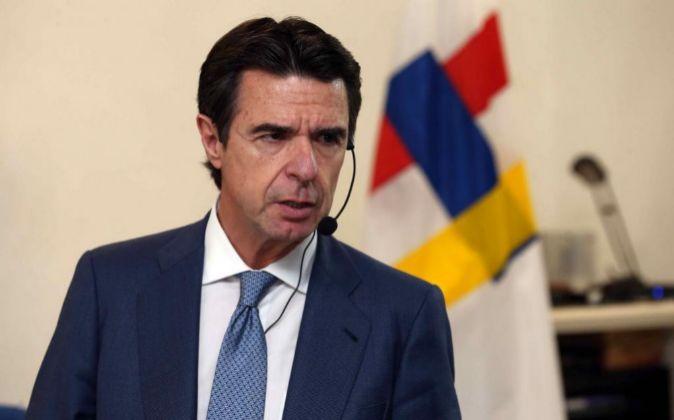 El ministro de Industria, Energía y Turismo en funciones José Manuel...