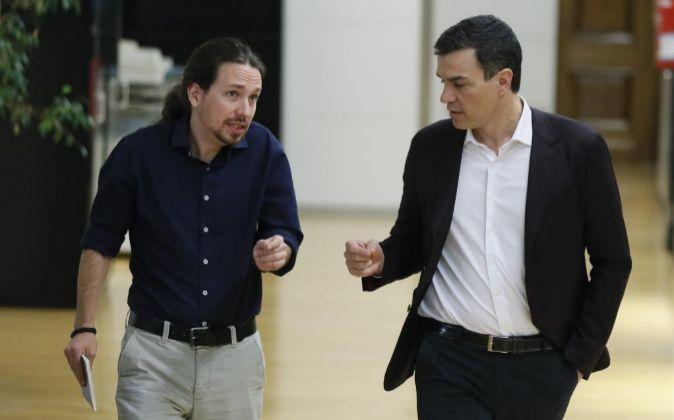 Pablo Iglesias y Pedro Sánchez, el pasado miércoles, en el Congreso.