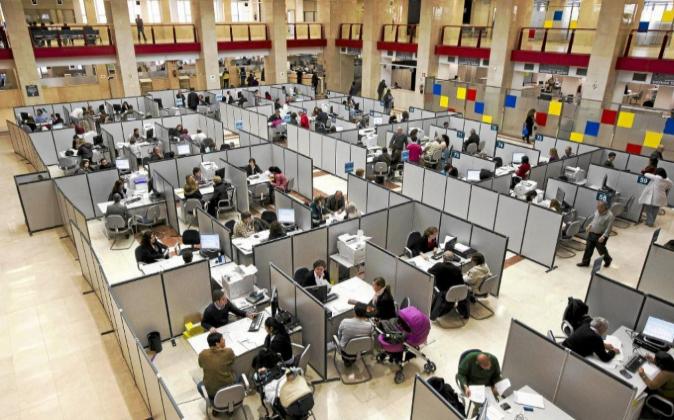 Vista de una sede de la Agencia Tributaria el pasado 3 de mayo de 2012...