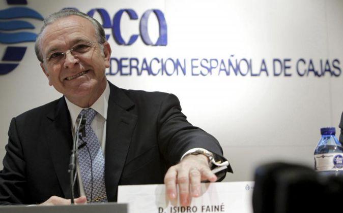 El presidente de la Confederación Española de Cajas de Ahorros,...