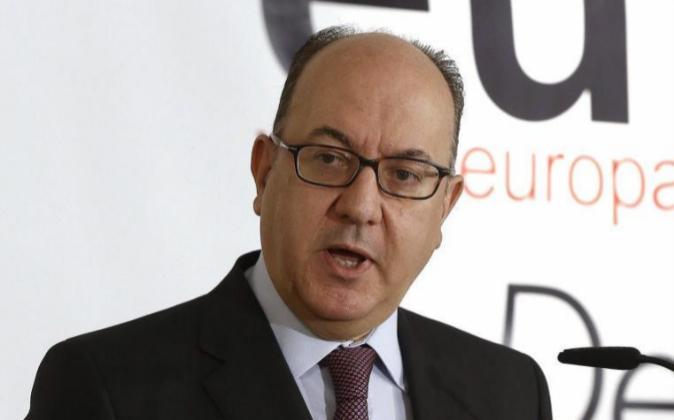 El presidente de la Asociación Española de Banca (AEB), José María...