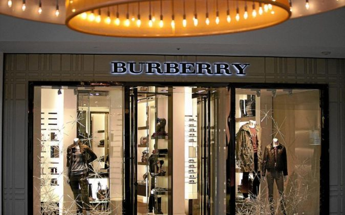 Tienda Burberry.