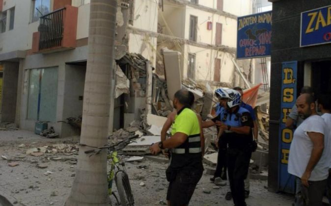 Vista general del edificio derrumbado