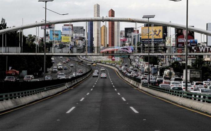 Tramo de la estructura del Viaducto Bicentenario en el Estado de...
