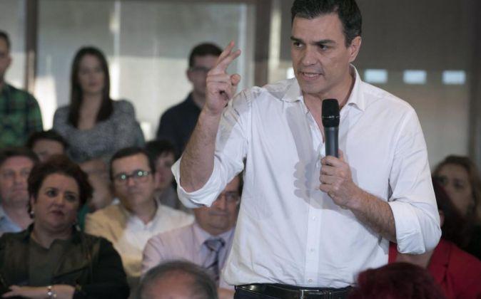 El secretario general del PSOE, Pedro Sánchez, en una asamblea de...
