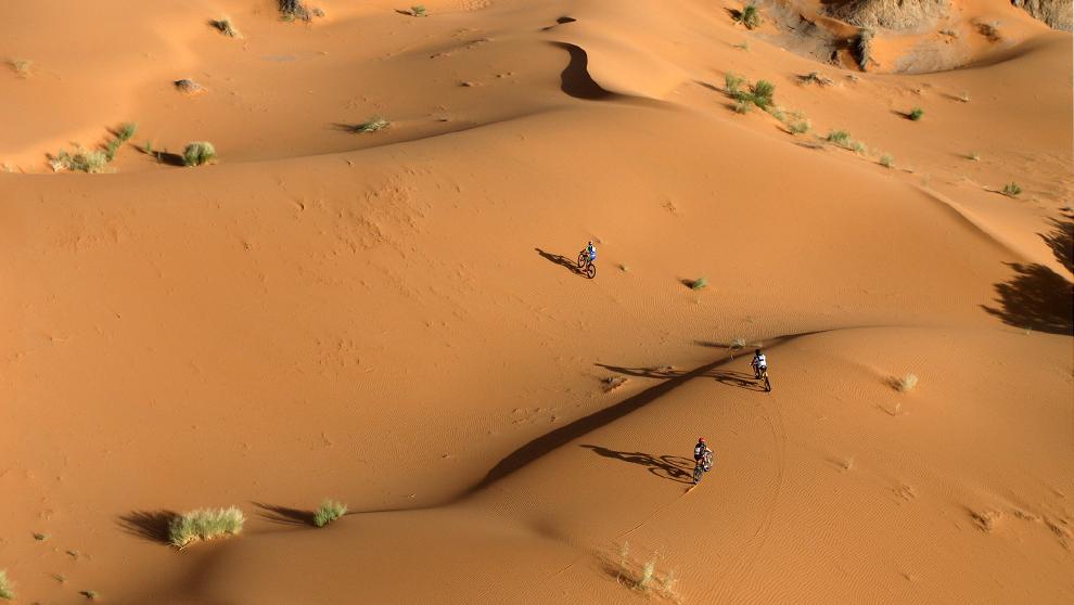 Participantes de la pasada edición de Gaes Titan Desert durante el...