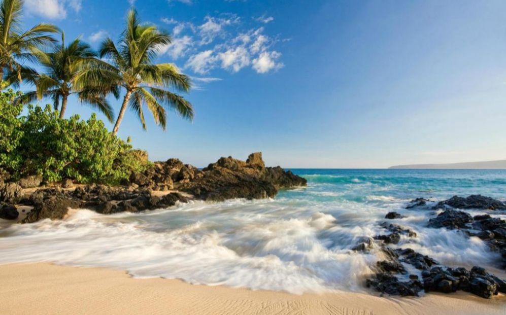 La mejor isla del mundo es la Isla de Maui, en Hawai.