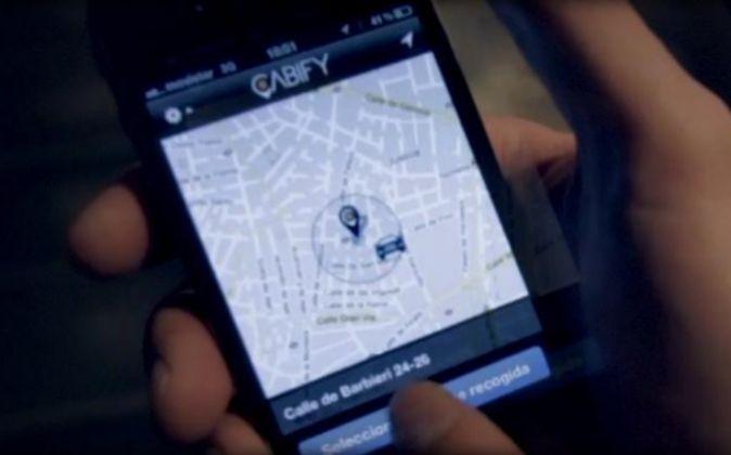 Aplicación Cabify, sistema de reservas de coches de gama alta con...