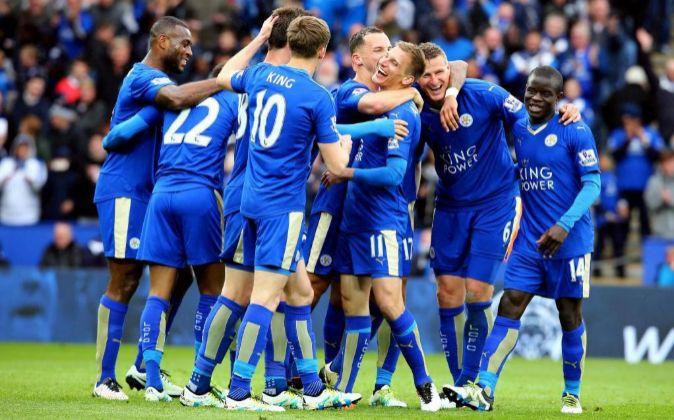 Imagen de la celebración de uno de los últimos goles del Leicester...