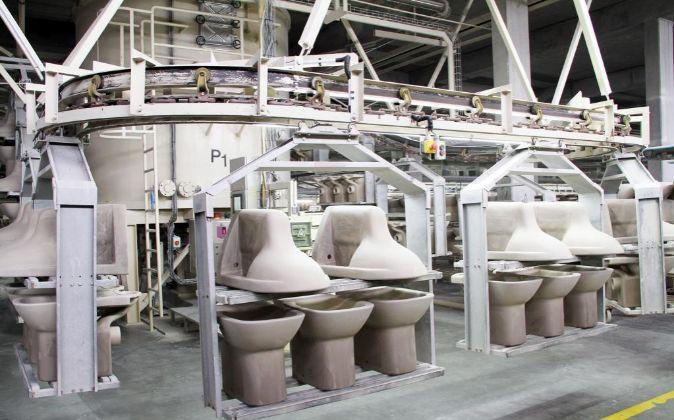 Fábrica de sanemientos de Roca.
