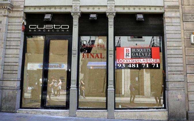 El Real Madrid abrirá en la antigua tienda de Custo en la calle...
