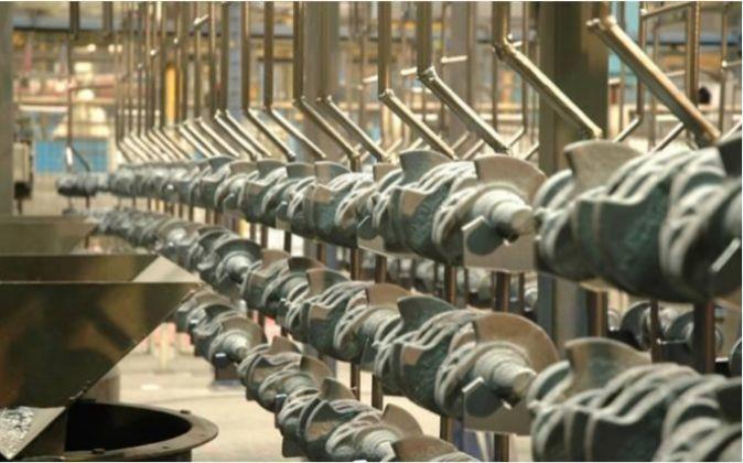 Interior de la fábrica CIE Galfor, en Orense.
