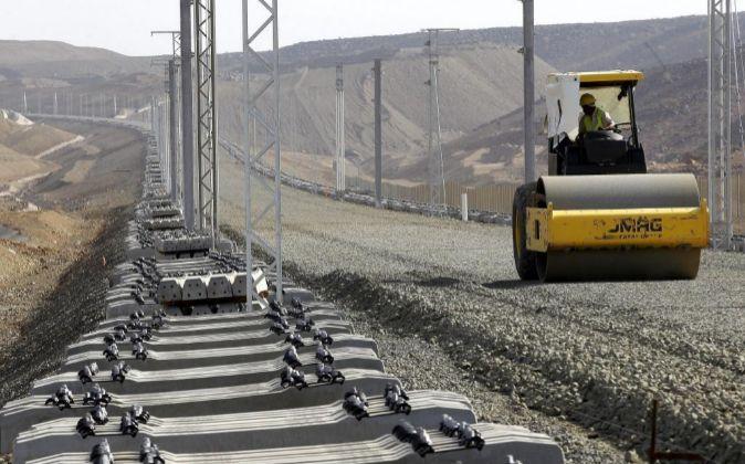 Vista de las obras del proyecto del tren de alta velocidad de Arabia...