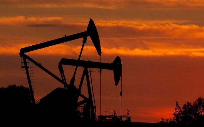 Pozo de petróleo.