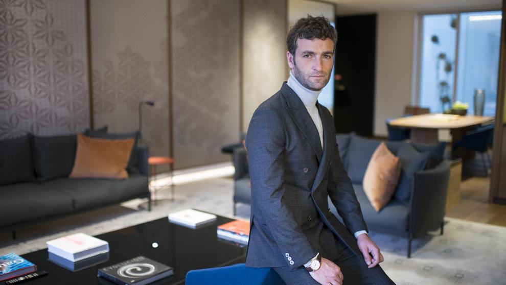 El empresario (Barcelona, 9 de febrero de 1976) en una suite del...