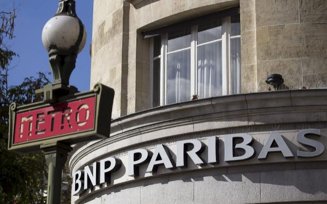 Sucursal del banco francés BNP Paribas, en París (Francia).