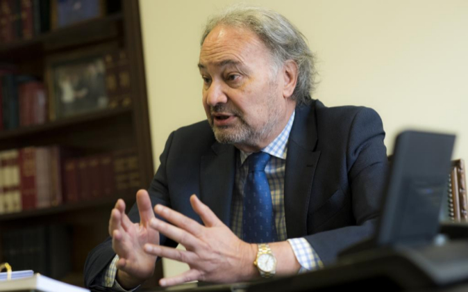 Juan Carlos Estévez, presidente del Consejo General de Procuradores...