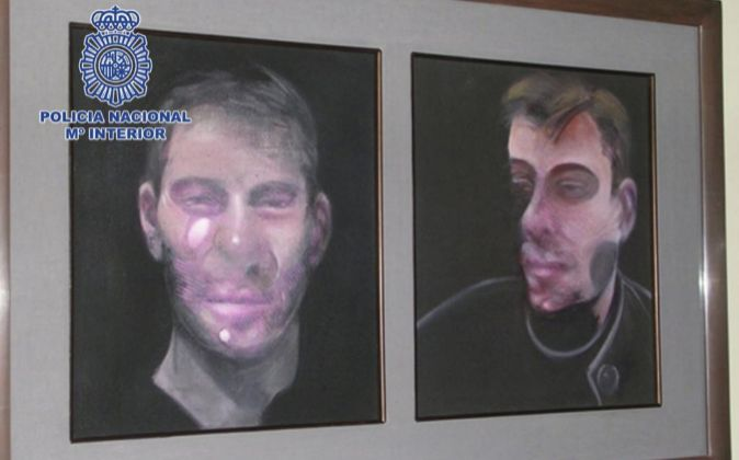 Fotografía facilitada por la Policía, de uno de los cinco cuadros de...