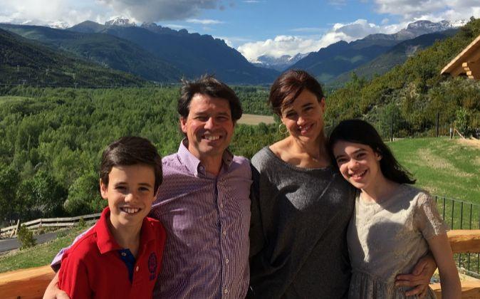 El matrimonio del Rincón Ribera junto a sus dos hijos en el hotel que...
