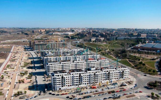 Varias urbanizaciones en construcción en la zona norte de Madrid.