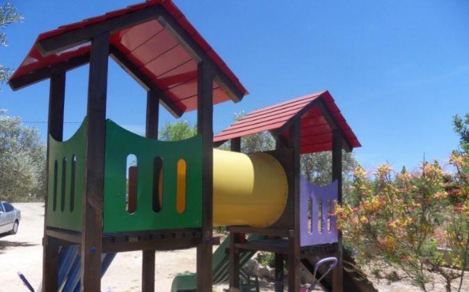 Un parque infantil con piezas fabricadas por Prodescom.