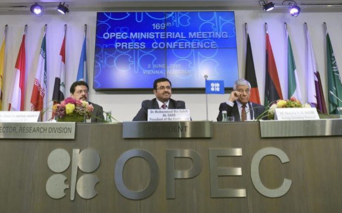 Imagen de la cumbrede la OPEP celebrada ayer en Viena