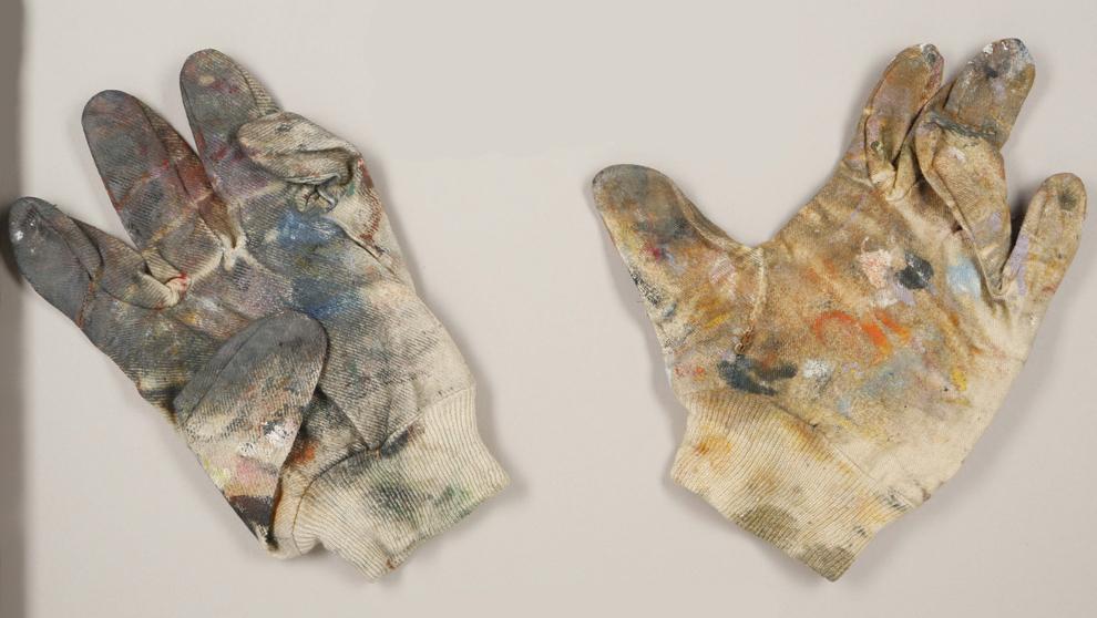 Los guantes de Francis Bacon se han vendido finalmente por unos 8.900...