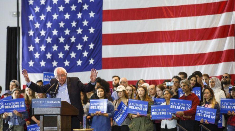 El candidato demócrata a la presidencia de Estados Unidos, Bernie...