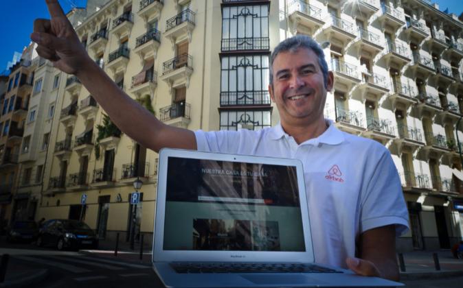 Arnaldo Muñoz, director general de Airbnb en España.