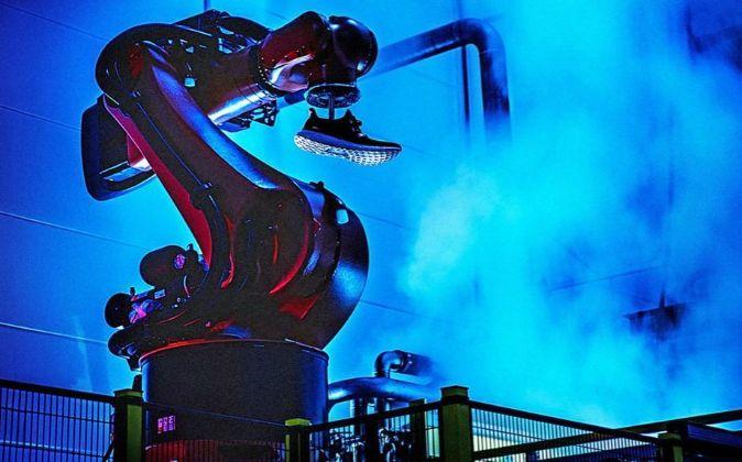 Robot de la fábrica de Adidas.