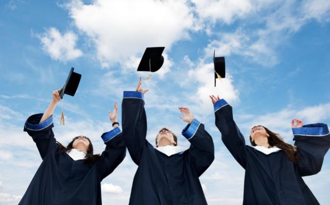 Las universidades aún tienen el reto de avanzar al mismo ritmo que el...