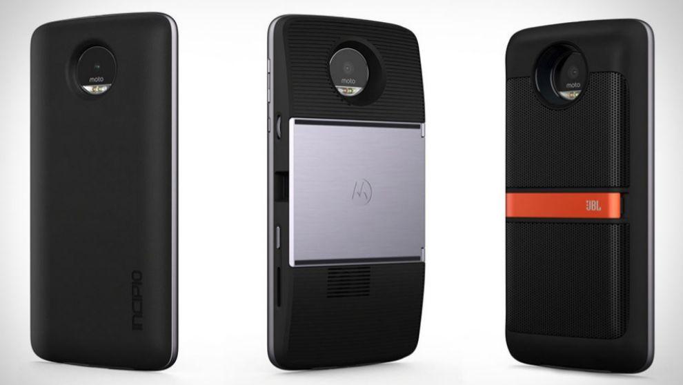 Los moderadores Moto convierten al teléfono en un proyector, un...
