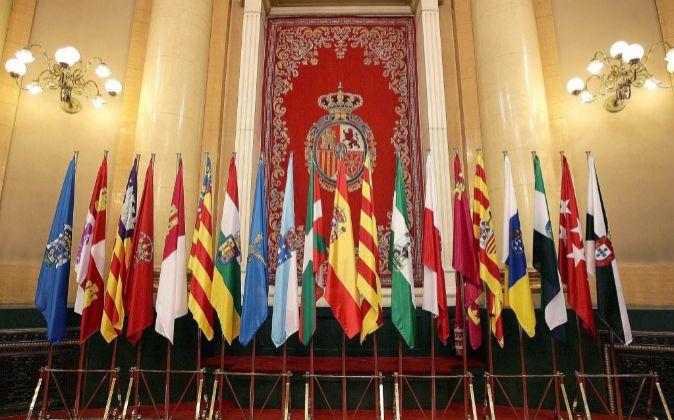 Las banderas de las comunidades autónomas.